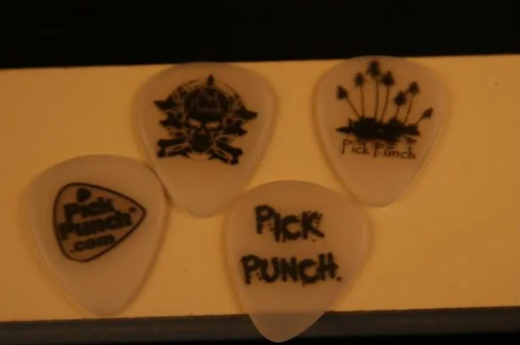 Pick Punch,waterslide,water slide,water-slide,tattoos,tattoo,www.pickpunch.com,pickpunch.com,pickpunch,make your own