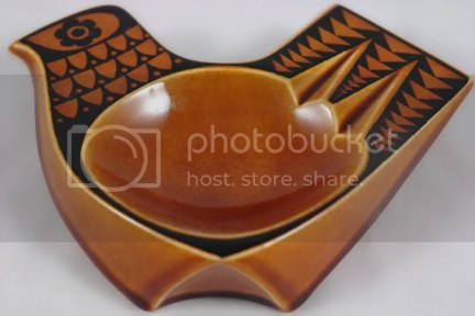 John Clappison Hornsea ashtray with hen design