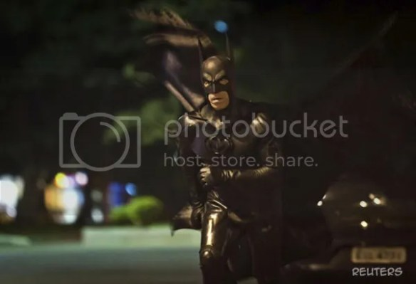 Batman membenteras jenayah di Brazil