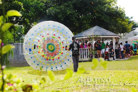 Zorb ball di Pesta Belon Udara Panas Putrajaya 2012