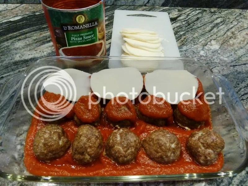 , and mushrooms. Serve 3 Low Carb Meatballs á la Pizza Mozzarella ...