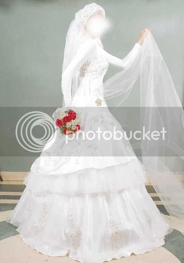 imgjpg5 1 احدث فساتين زفاف للمحجبات 2013