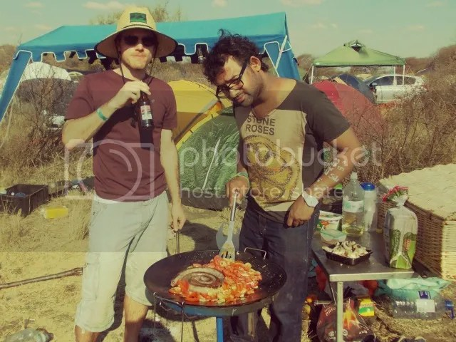 Oppikoppi Bewilderbeast Making breakfast