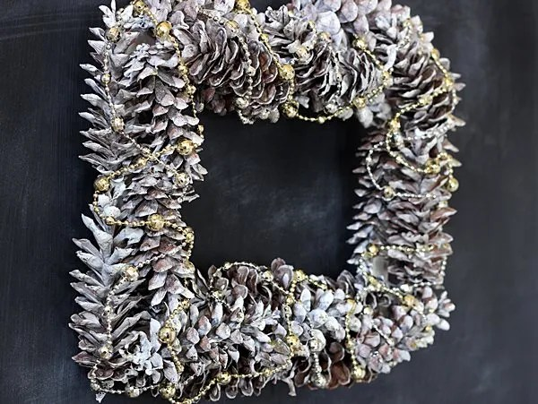 Simple silver and gold pinecone wreath