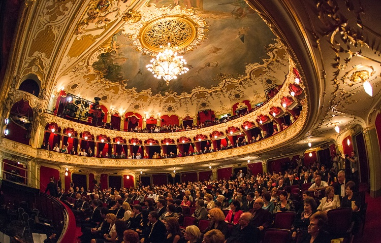 Iași National Theatre