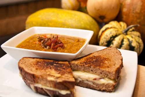 20091005-Winter Squash Soup and Grilled Cheese