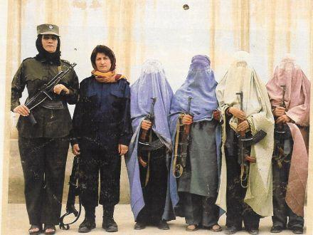 poli-afganistan.jpg