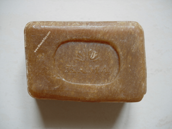 kama_ayurveda_sugar_tamarind_deep_cleansing_soap_swatch