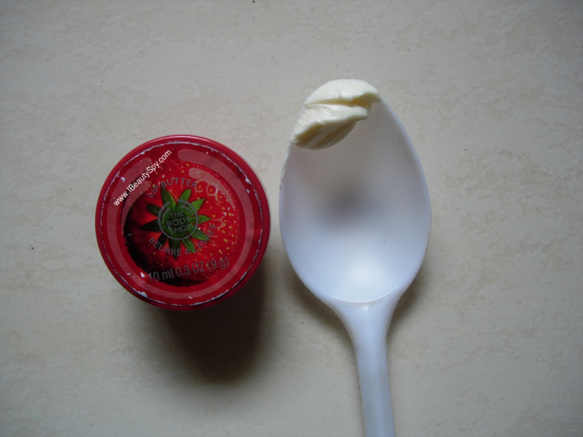 the_body_shop_strawberry_lip_butter_swatch