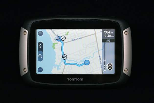 TomTom Rider 400 review   Digital Trends TomTom Rider 400