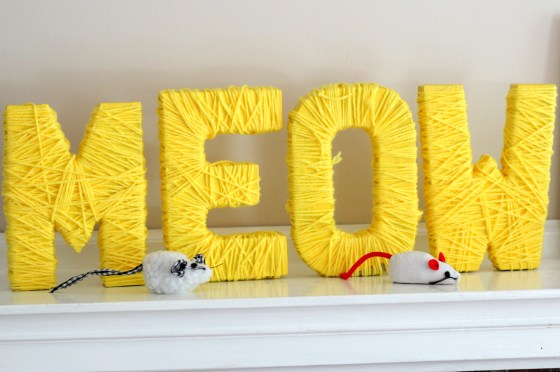 kitten-party-meow-yarn-sign
