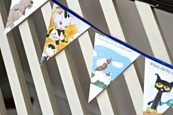 puppy-and-cat-book-bunting