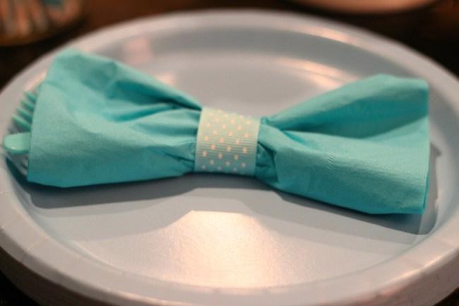 bowtie-napkin
