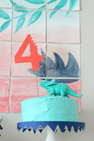 dinosaur 4th birthday cake