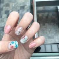 Nails: Korean Trend Pressed Flower Nail Art