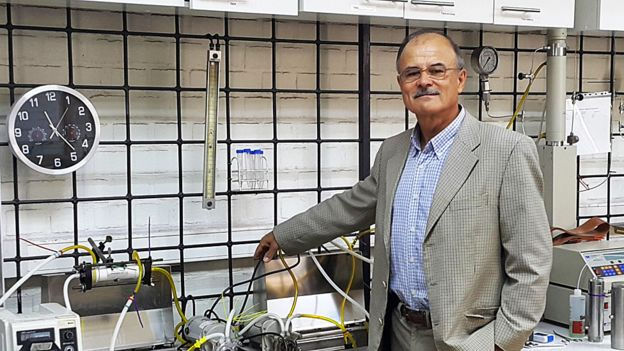 Aldo Saavedra, profesor del departamento de ingeniería química de la Universidad de Santiago