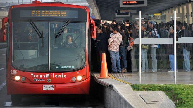 Estación del Transmilenio en Bogotá.