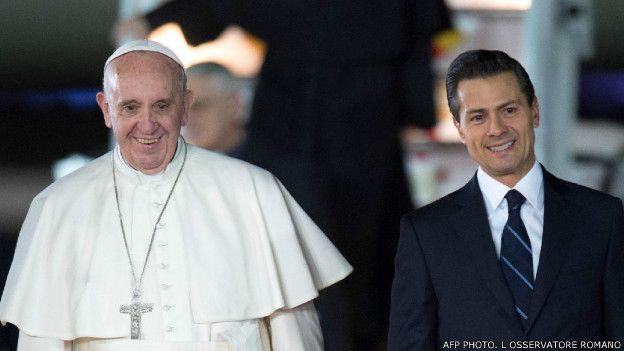 पोप फ्रांसिस और एनरिके पेना निएटो