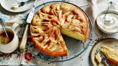 BBC Food - Recipes - German apple cake