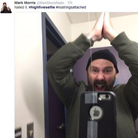 Resultado de imagen para ¿High Five Selfie?