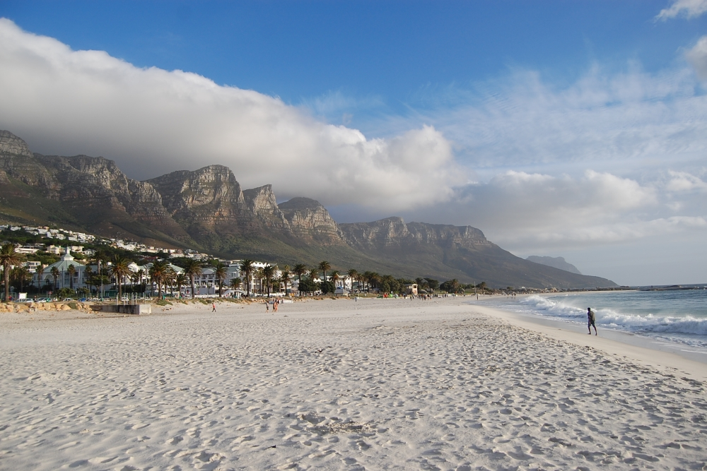 Camps_Bay_Beach_...,_Cape_Town