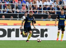 MILAN, ITALY - SEPTEMBER 25:  Gabriel Barbosa of FC Internazionale in action during the Serie A match between FC Internazionale and Bologna FC at Stadio Giuseppe Meazza on September 25, 2016 in Milan, Italy.  (Photo by Claudio Villa - Inter/Inter via Getty Images)