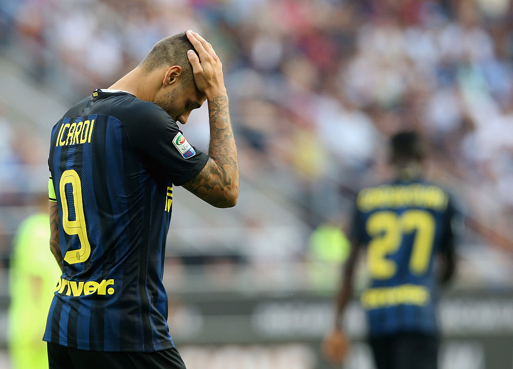 MILAN, ITALY - SEPTEMBER 25:  Mauro Icardi of Inter during the Serie A match between FC Internazionale and Bologna FC at Stadio Giuseppe Meazza on September 25, 2016 in Milan, Italy.  (Photo by Maurizio Lagana/Getty Images)