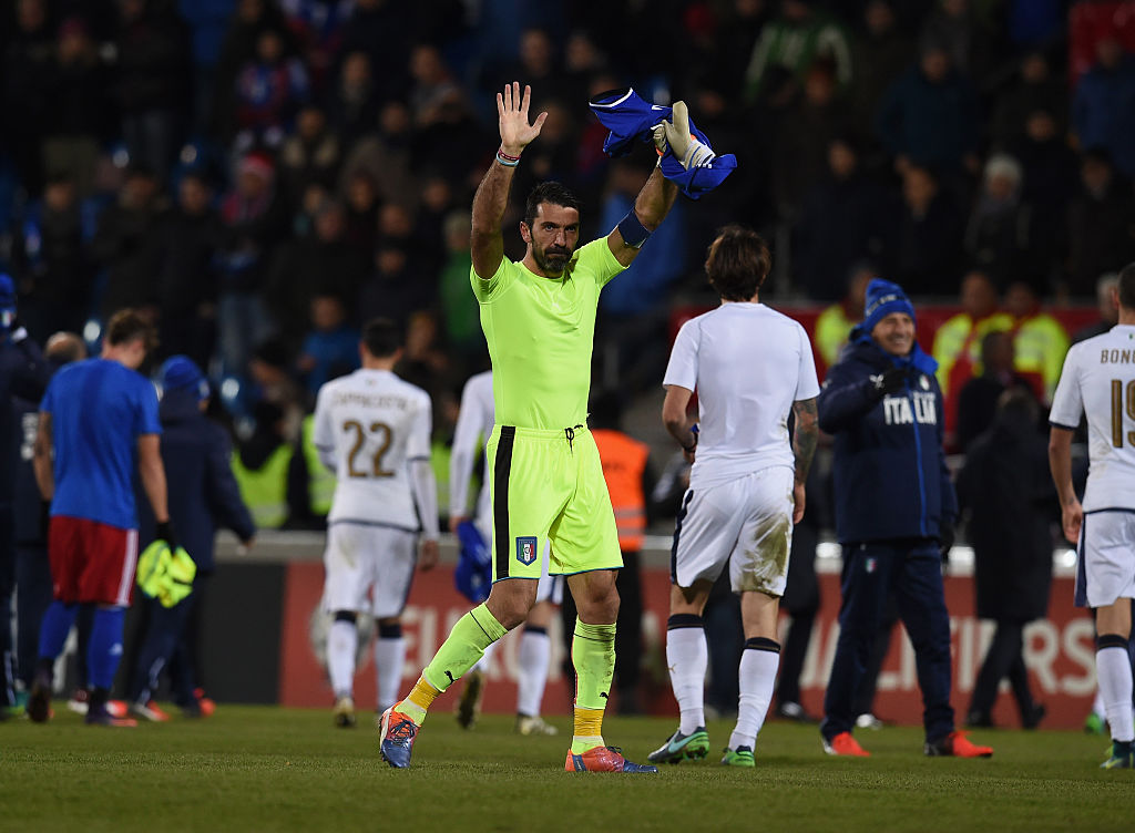 VADUZ, LIECHTENSTEIN - NOVEMBER 12:  Gianluigi Buffon of Italy reacts at the end of the FIFA World Cup 2018 group G Qualifiers football match beetween Liechtenstein and Italy at the Rheinpark Stadion on November 12, 2016 in Vaduz, Liechtenstein.  (Photo by Claudio Villa/Getty Images)