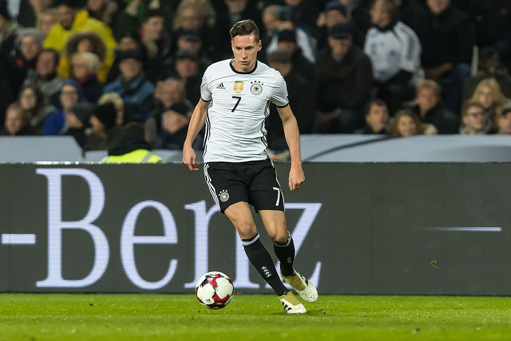 Hannover, Deutschland, 11.10.2016, WM-Qualifikation 2016/2017, Gruppe C, Deutschland - Nordirland, Julian Draxler (GER)  (Photo by TF-Images/Getty Images)