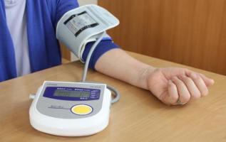 血圧計(ブラッドプレッシャーモニター)