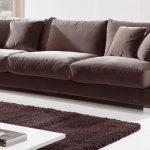 canapea din catifea
