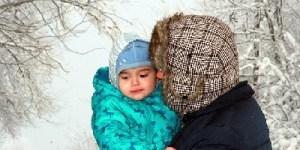 papa figlio neve