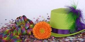 cappello coriandoli fiore