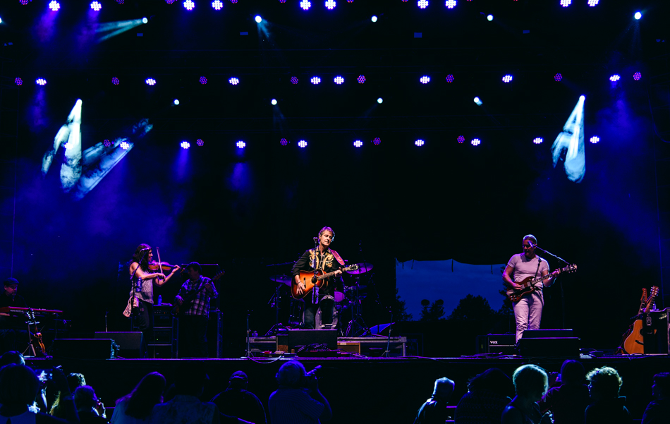 The Jim Cuddy Band. Photo by Lisa Vuyk