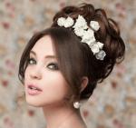 花嫁の髪型!結婚式のウェディングドレスに合うショートやロングは?