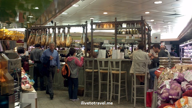 Galeries Lafayette, Paris, food, France, photo, spices, ham, Spanish