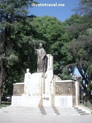 Statue in Mendoza, Argentina