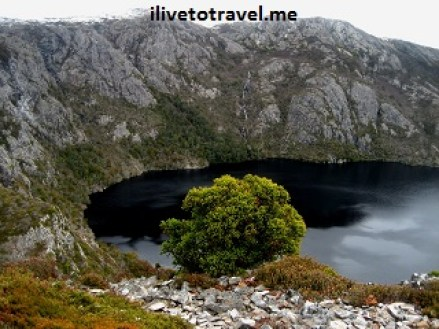 Cradle Mountain and Crater Lake in Tasmania
