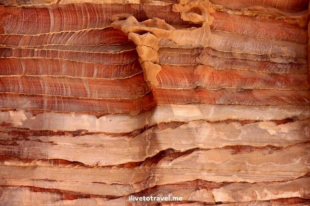 Canyon walls in Petra Jordan with Canon Rebel