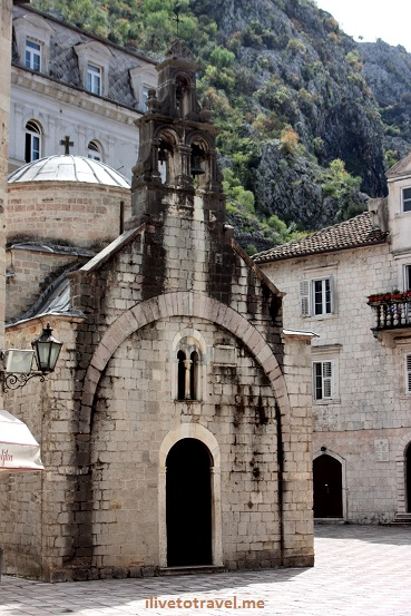 Church of St. Lucas in Kotor, Montenegro Romanesque architecture photo Canon EOS Rebel