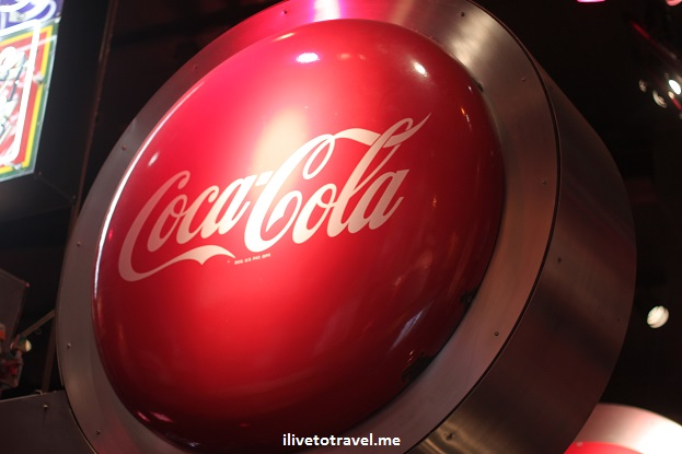 Coca-Cola, Coke, sign, soft drink, Atanta, logo, memorabilia, museum, World of Coca Cola