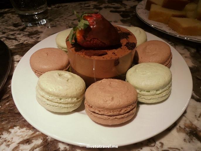 sweets, desserts, chocolate, macaroon, macaron, food, foodie, photo, Olympus