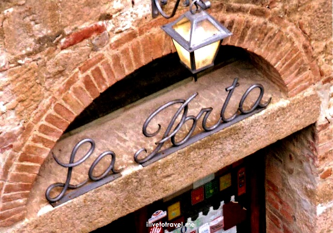 La Porta, foodie, food, restaurant, Monticchiello, delicious, pasta with truffle, Italy, Italia