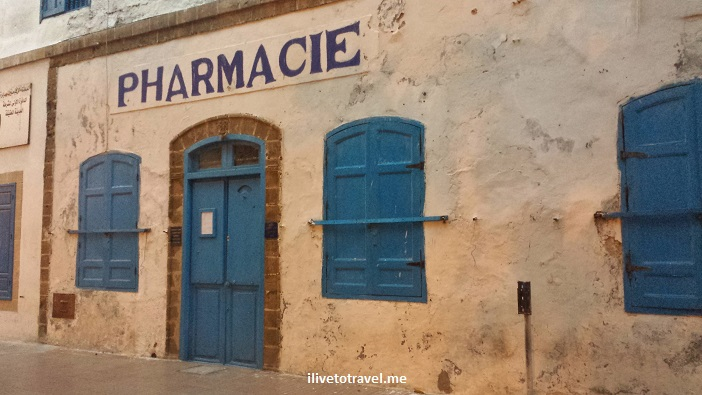 pharmacie, pharmacy, Essaouira, Old Medina, Morocco, travel, photo, blue door, Samsung Galaxy