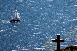 sailboat, cross, Fisterra, cape, Finisterre, Atlantic Ocean, tourism, travel, photo, Canon EOS Rebel, Galicia, España