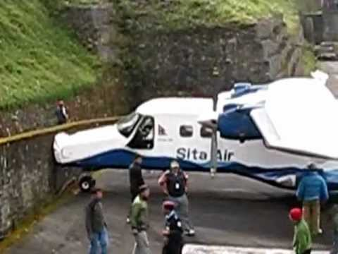 Lukla, airport, accident, danger, Nepal, runway, flight