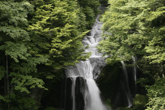 竜頭の滝(りゅうずのたき)
