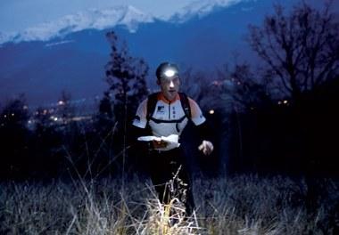 Tusentals små ljusstarka lampor lyser upp Mont Blanc 26-28 augusti