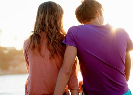 20 Confirm Sign That Show That A Man is In Love With You
