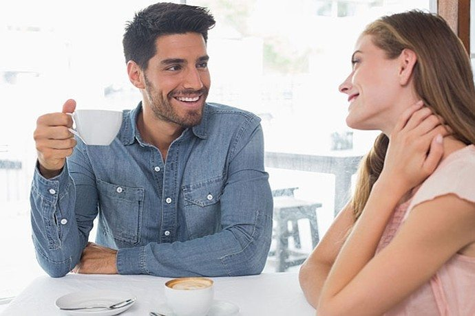 dating girl not over her ex If you're struggling to get over your ex-girlfriend and move on with your life without her in it, you essentially have 4 choices: continue to feel sorry for yourself and feel like you will never be able to find another girl like her.